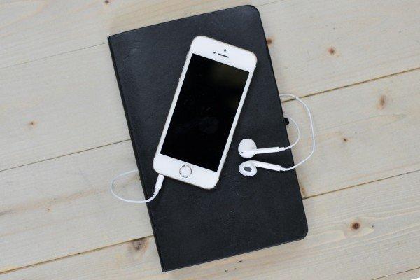 iphone_podcast-600x400